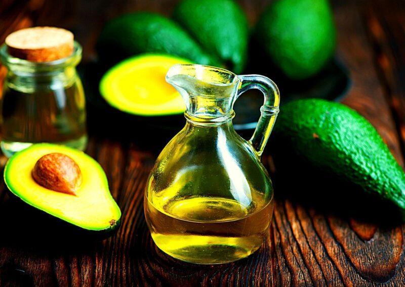 Оливковое масло и авокадо