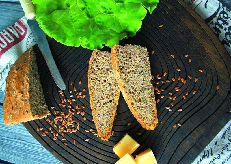 Нарезанный хлеб из цельнозерновой муки
