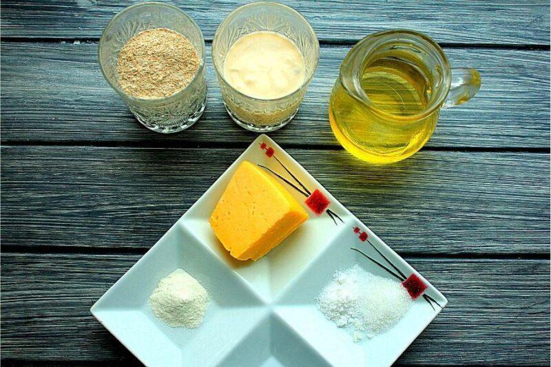 Ингредиенты для сырных лепешек.